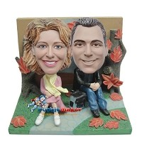 Autumn Day Couple bobblehead Doll