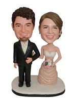 Custom Bobble Head | Happy Arms Linked Bride And Groom Bobblehead | Gift Ideas For Wedding