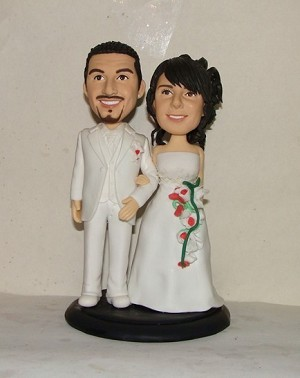 All White Bride And Groom bobblehead Doll