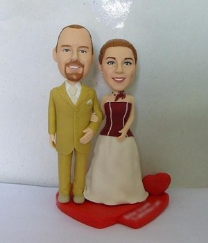 Black And White Groom And Bride bobblehead Doll
