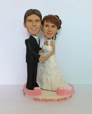 Holding Hands Wedding Couple bobblehead Doll