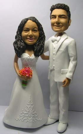 Custom Bobblehead | All White Marrying Couple Bobblehead