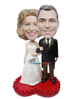 Arms Linked Wedding Couple bobblehead Doll