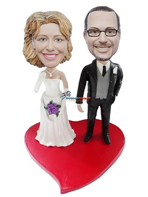 Custom Bobble Head | Bride And Groom On Heart Bobblehead | Gift Ideas For Wedding