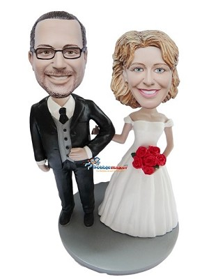 Custom Bobble Head | Arm In Arm Wedding Couple With Red Roses Bobblehead | Gift Ideas For Wedding