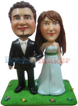 Bride and Groom Cake Topper bobblehead Doll