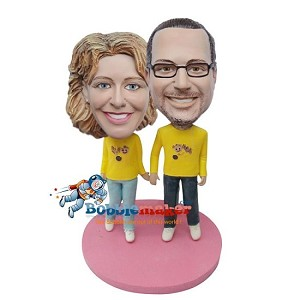 Custom Bobble Head | Holding Hands Man And Woman Bobblehead | Gifts for Couples