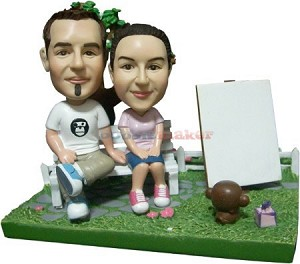 Couple With Pet Monkey bobblehead Doll