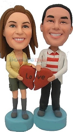 Custom Bobble Head | Couple Holding Heart Bobblehead | Gift Ideas For Couples